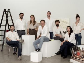 Los clubes de coleccionistas son los nuevos mentores del arte