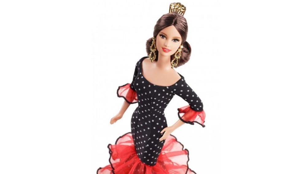 Una de las Barbies de la exposición de la Fundación Canal
