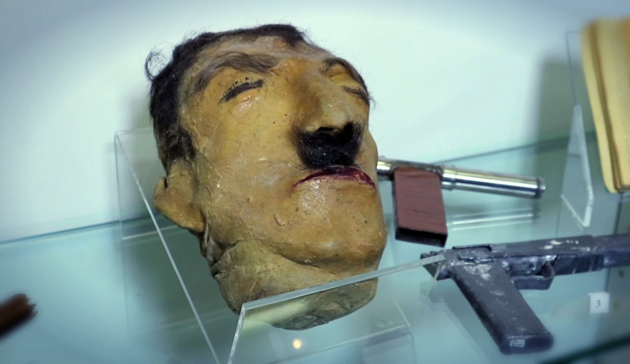 Cabeza de miga de pan, cárcel Modelo de Barcelona