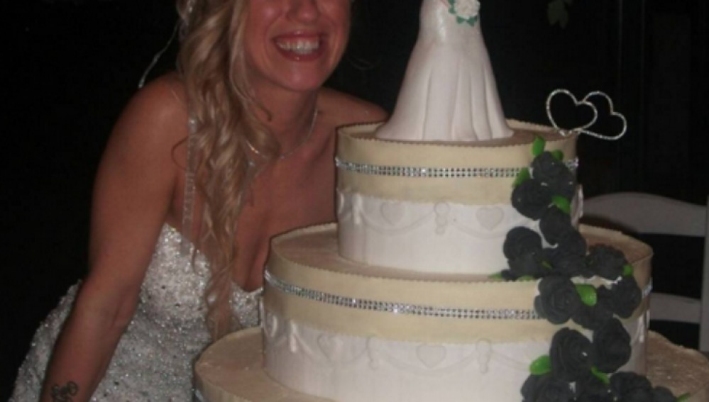 Laura Mesi, en su auto boda