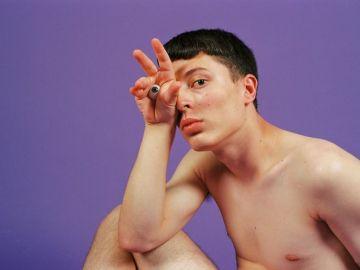 Fotógrafo retrata cuerpos no normativos