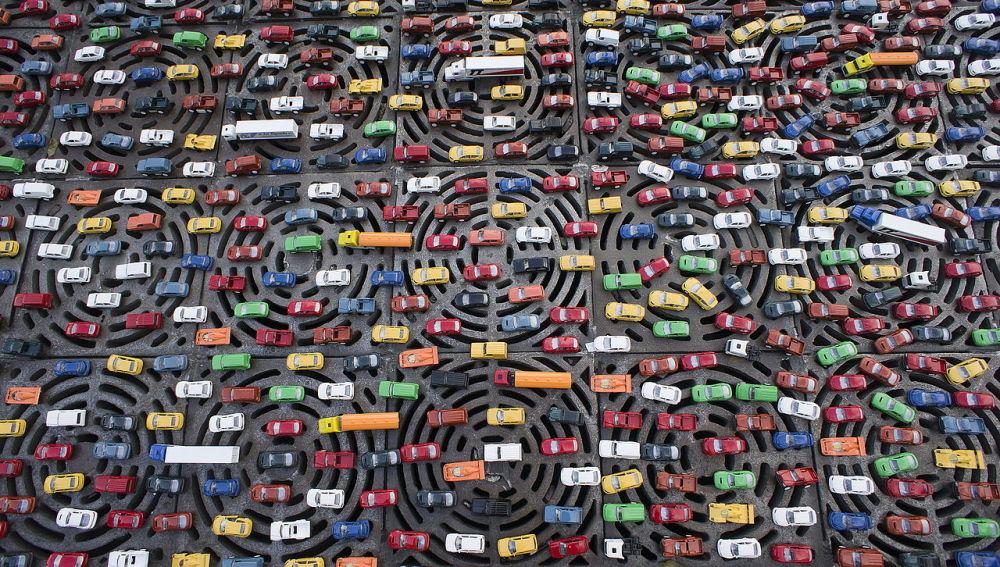 Un atasco de coches