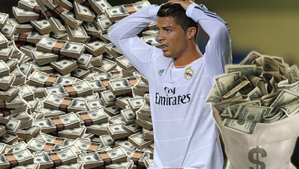 Ronaldo rodeado de billetes